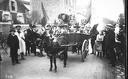 20-10-12, Argenteuil, fête des vendanges [charrette tirée par un âne, guidée par un homme déguisé]